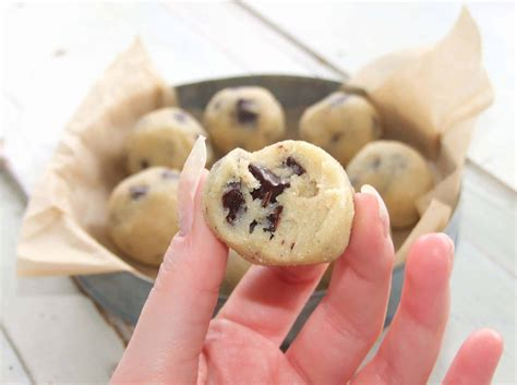 LCHF chocolate chip cookie dough bollar!   LCHF-arkivet