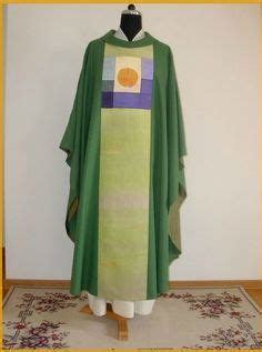 Pin by J on Chasubles | Church dressing, Fashion, Vestment