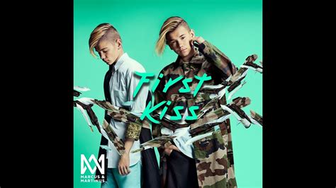 Marcus & Martinus First kiss - YouTube